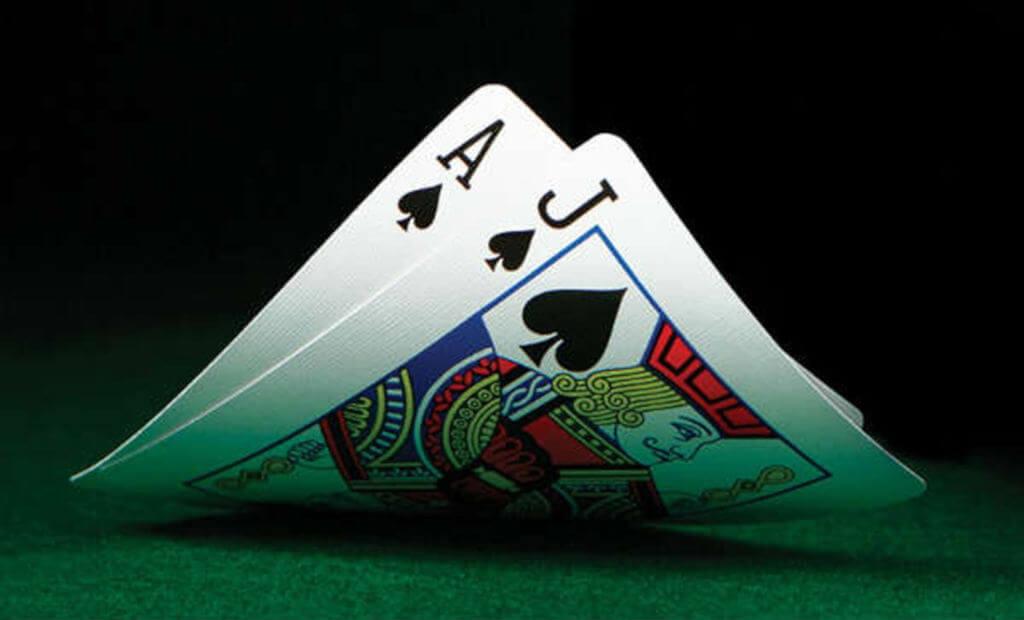 ¿Cómo contar cartas blackjack 21?